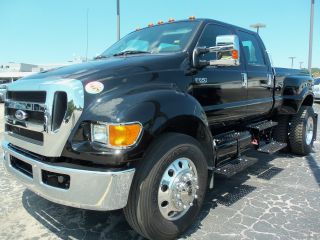 2012 Ford F650 photo