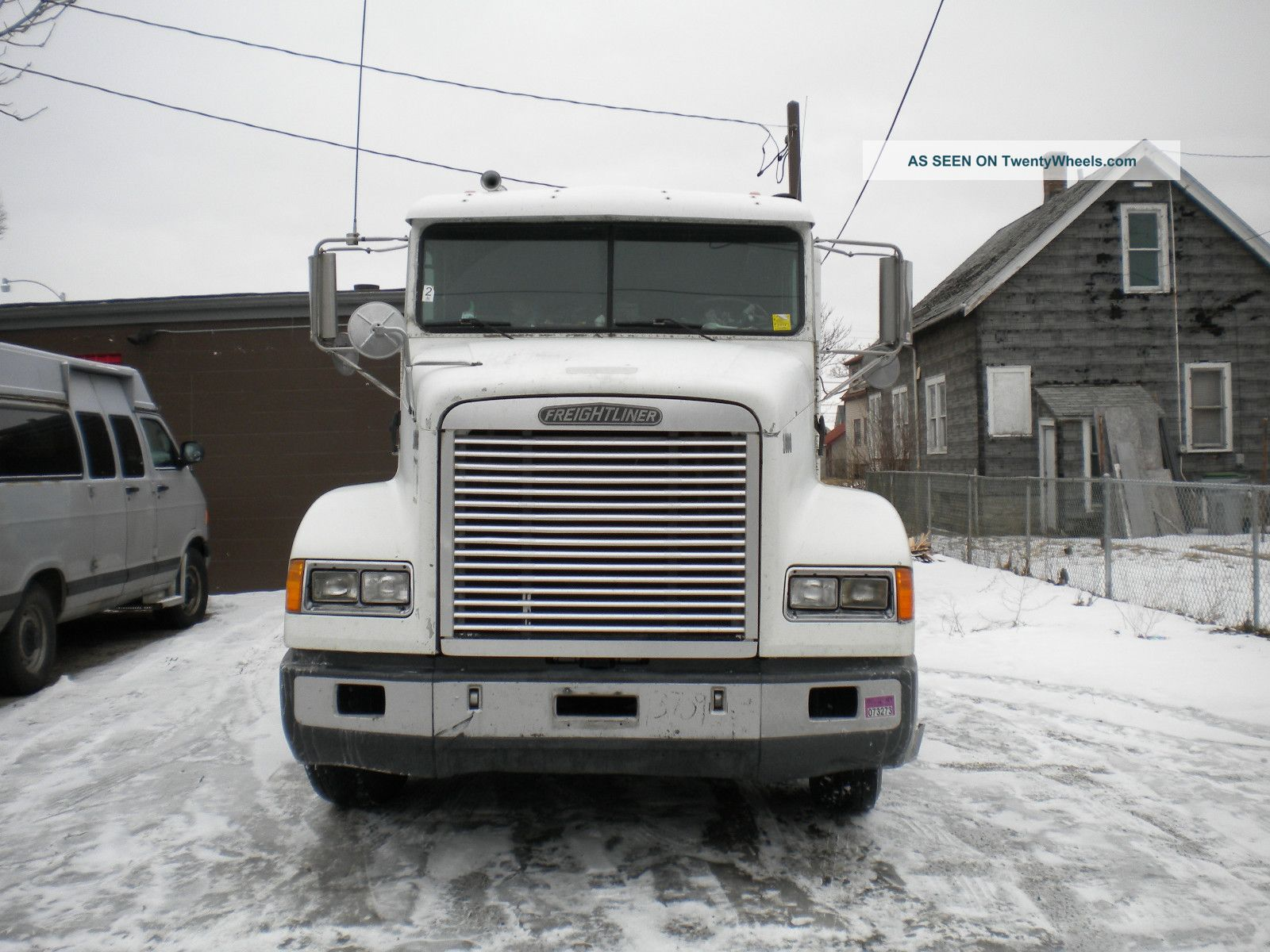 1995 Freightliner F.  L.  D Flat Top Sleeper Semi Trucks photo