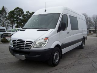 2007 Freightliner Sprinter 2500 photo