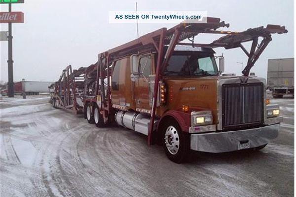 2006 Western Star Lowmax Sleeper Semi Trucks photo
