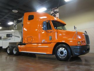 2005 Freightliner Century Class S/t photo