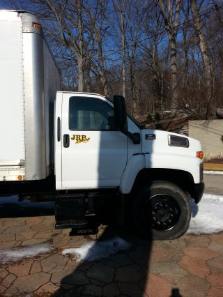 2004 Chevrolet Kodiak C6500 photo