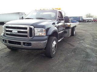 2005 Ford F - 550 photo