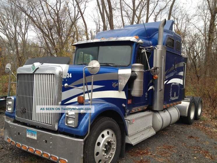 1998 International Eagle Sleeper Semi Trucks photo