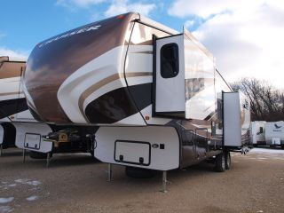 2012 Crossroads Cruiser 305sk photo