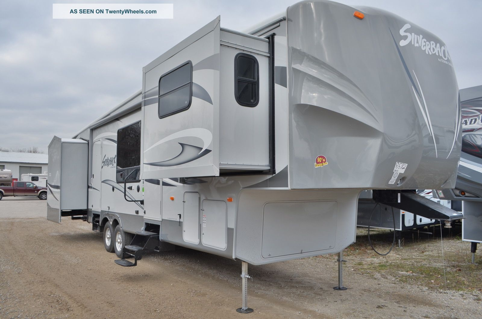 2013 Forest River Cedar Creek Silverback 35fl Fifth Wheel RVs photo