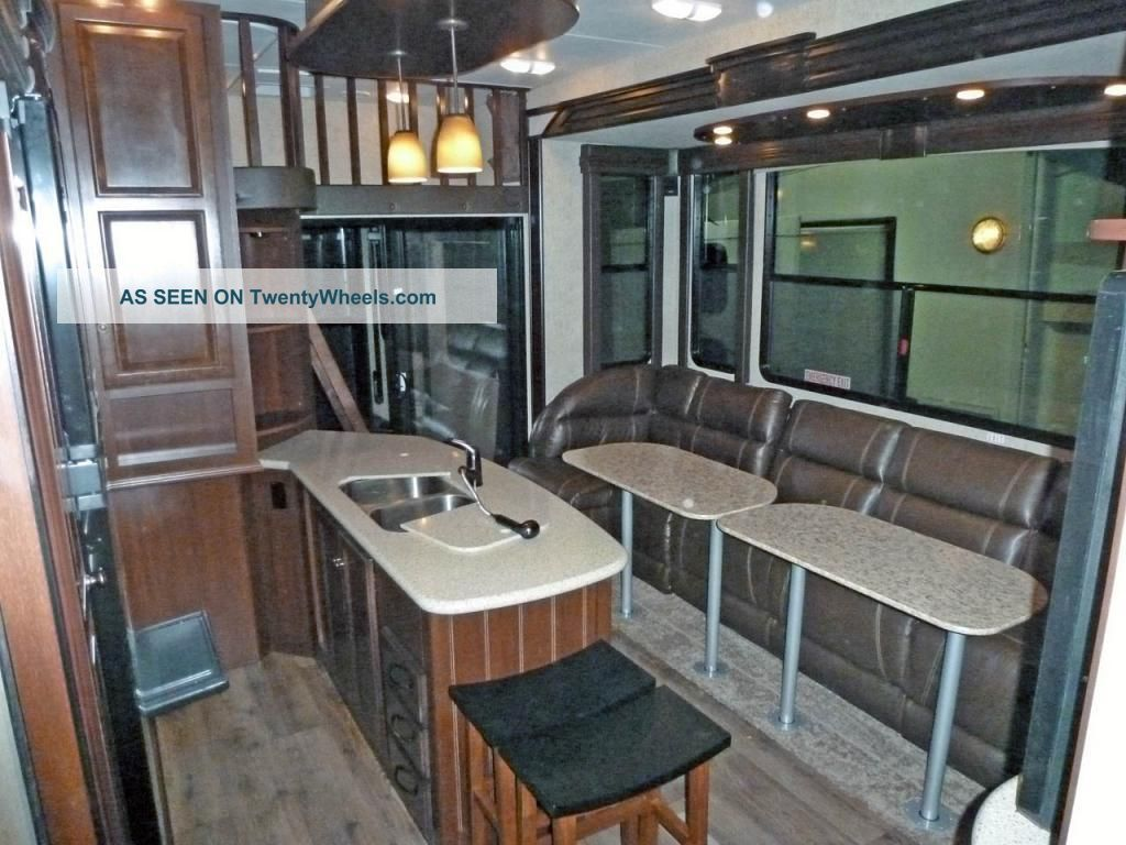 2013 heartland cyclone 5th wheel toy hauler w patio. Black Bedroom Furniture Sets. Home Design Ideas