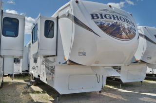 2013 Heartland Big Horn 3855 Fl photo