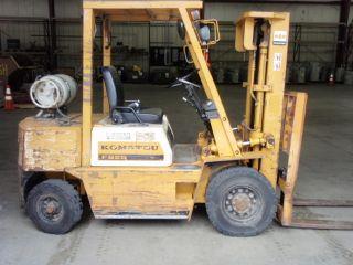 Komatsu Fg25 Forklift photo