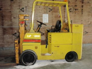Allis Chalmers Fcl - 100 Forklift photo
