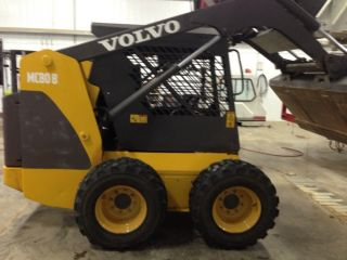 Volvo Mc80b Skidloader photo