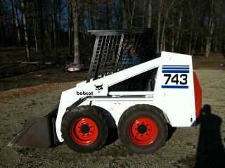 743 Bobcat Skid Steer photo