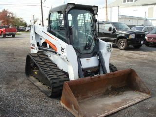 2012 Bobcat T630 A91 Packagetrack Loader High Flow W/ Heat A/c Radio Cab Forward photo