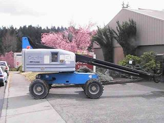 Genie S - 40 Boom Lift Man Lift - Refurbished photo