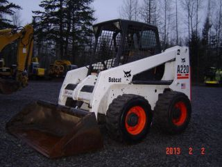 2002 Bobcat A220 All Wheel Steer 840 Hrs photo