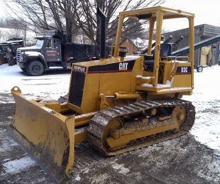 1989 D3c Caterpillar Bull Dozer W/ 6 Way Blade photo