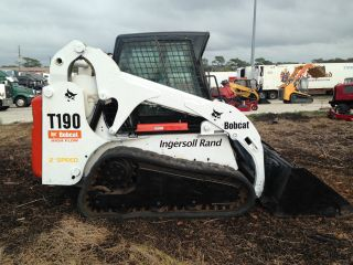 Bobcat T190 Skid Steer Track Loader Multi Terrian Loader Kubota Diesel Cab Heat photo