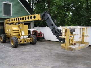 Grove Manlift Amz68 - Xt 1997 4 Wheel Drive And 4 Wheel Sterring photo