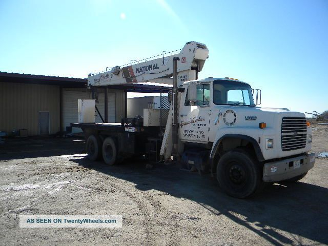 National Boom Truck,  875b,  17.  5 Ton Cap Cranes photo