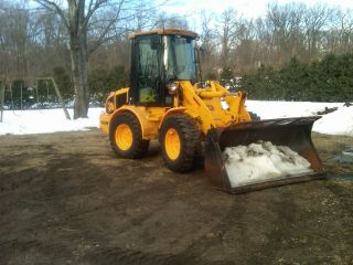 Jcb Compact Articulated Loader Model 409b Zx,  Caterpillar,  Volvo,  Bobcat,  Kubota photo