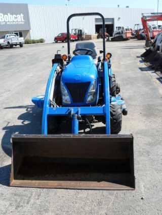 New Holland Tz25da 4wd Tractor - Diesel,  54