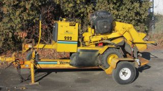 1997 Vermeer 222 Stump Grinder & Trailer photo