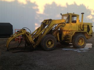 Patrick Loader Arr 7 14,  000 Lb Capacity,  Extended Lift - Foam Filled Front Tires. photo