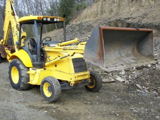 New Holland Lb75b Backhoe photo