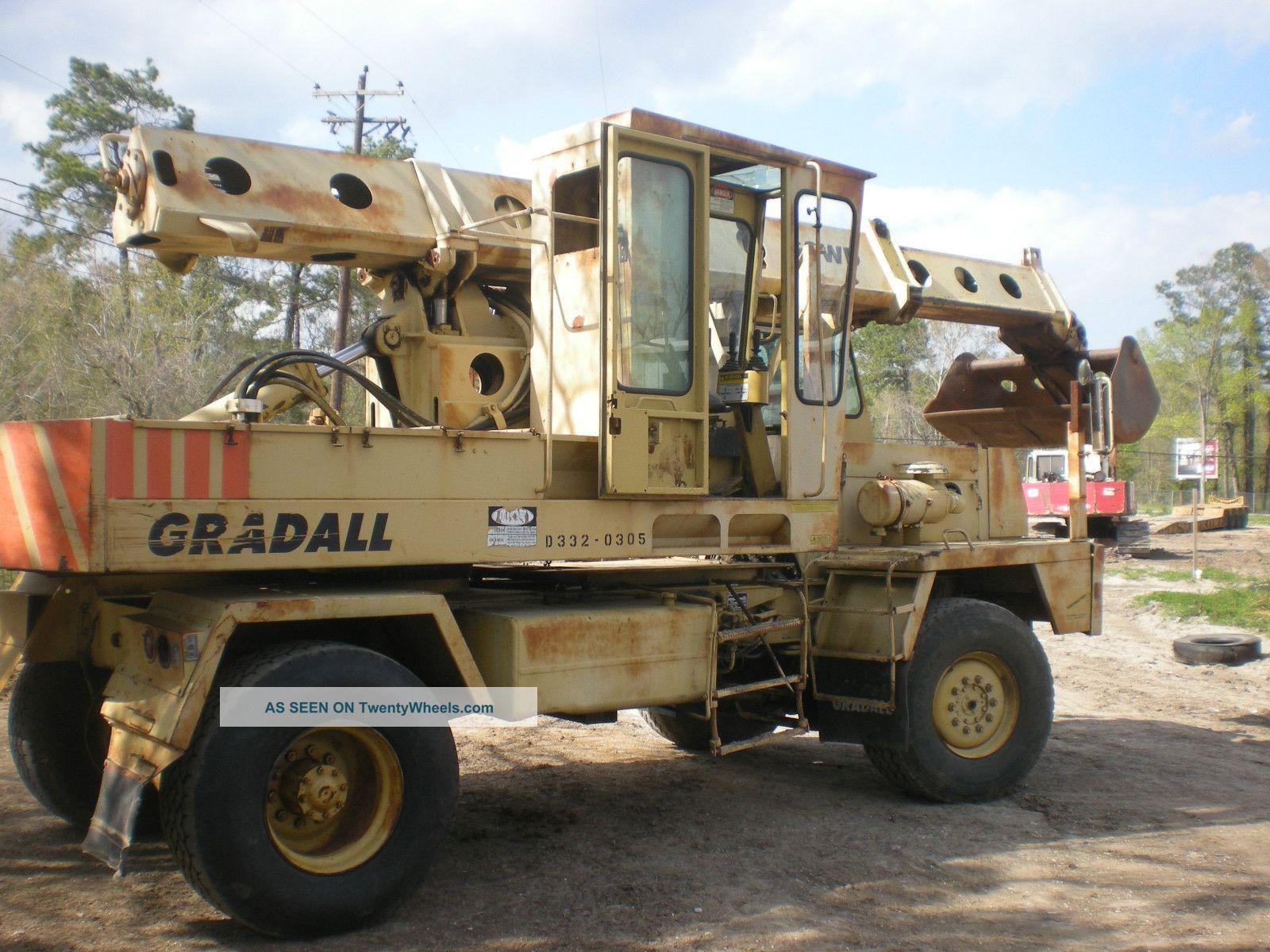 Gradall G3wd Excavator Excavators photo