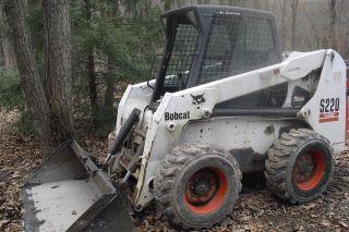 Bobcat S220 photo