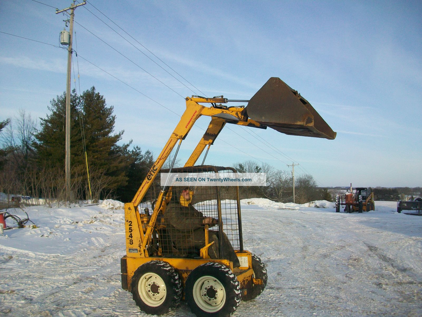 Ericson Model 2548 Skidloader Bobcat Skidsteer Gas Operates Great Skid Steer Loaders photo