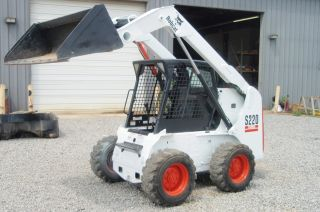 Bobcat S220 Skid Steer Loader With High Flow & Low Hours photo