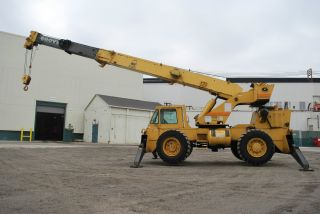 Grove 18 Ton Crane Rough Terrian 60 ' Boom Rt58b Lift - We Can Deliver photo