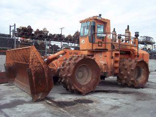 Ingersoll - Rand Trash Compactor Roller Padfoot Drum Duetz Diesel Engine 12cyl photo