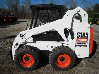 2008 Bobcat S185,  1507 Hours,  Awesome Looking New Paint,  New Tires,  Open Cab photo
