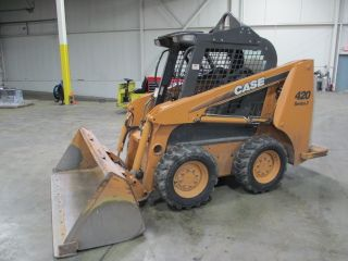 2010 Case 420 Series 3 Skid Loader - Low Hours - - Runs Smooth photo