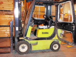 Clark Cmp18 Forklift photo