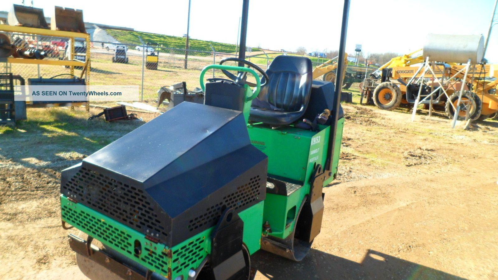 2005 Multiquip Ar - 13ha Vibratory Compactor - - Only 426 Hours - - Compactors & Rollers - Riding photo