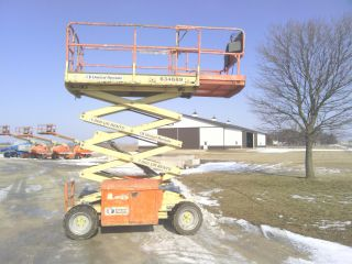 Jlg 260mrt 4x4 Scissor Lift Man Aerial Boom Foam Filled Diesel Genie Skyjack photo