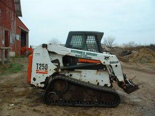 2004 Bobcat T250 (wide Track) - Cab/heat,  Acs photo