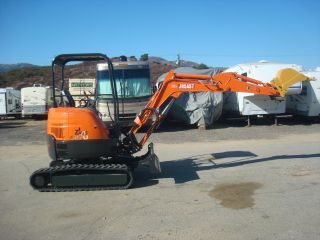 Hitachi Zaxis 27u - 2 Compact Excavator,  No Tail Swing,  Isuzu Diesel,  Very Clean photo