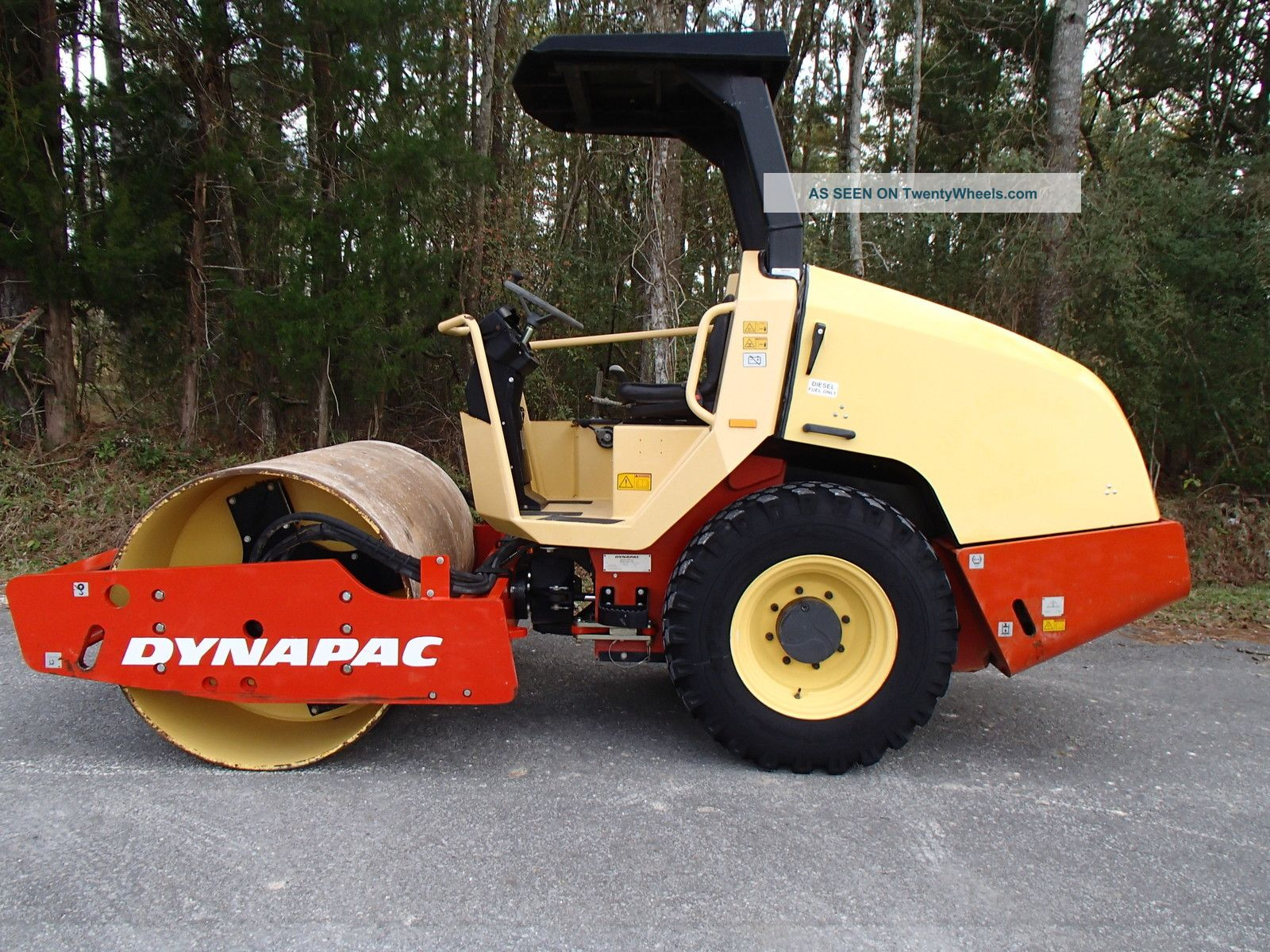 217 Hours 2008 Dynapac Ca144d Vibratory Single Drum Compactor,  Construction Compactors & Rollers - Riding photo