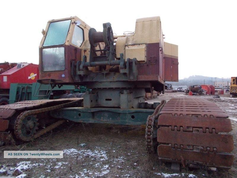 Bucyrus Erie 61b Crawler Crane.  115 Ton Crawler Crane.  Bucyrus Erie Crane Cranes photo