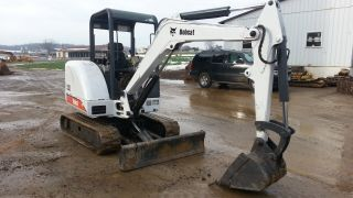 2000 Bobcat 331d Mini Excavator Track Hoe Tractor Diesel Machine Loader. . photo