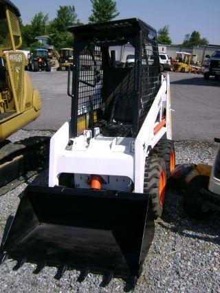 Bobcat 440b Skid Loader photo