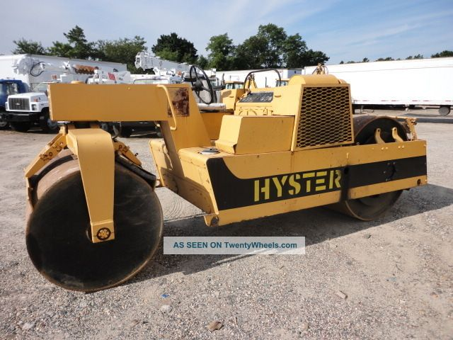 Hyster Double Drum Asphalt Roller Compactors & Rollers - Riding photo