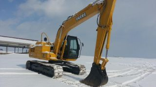 2007 John Deere 120c Excavator Tractor Diesel Machine Backhoe Loader Crawler. . . photo