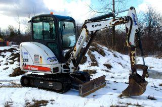 2007 Bobcat 328 2.  5 Ton Mini Excavator With Full Heated Cab,  Kubota Engine. photo