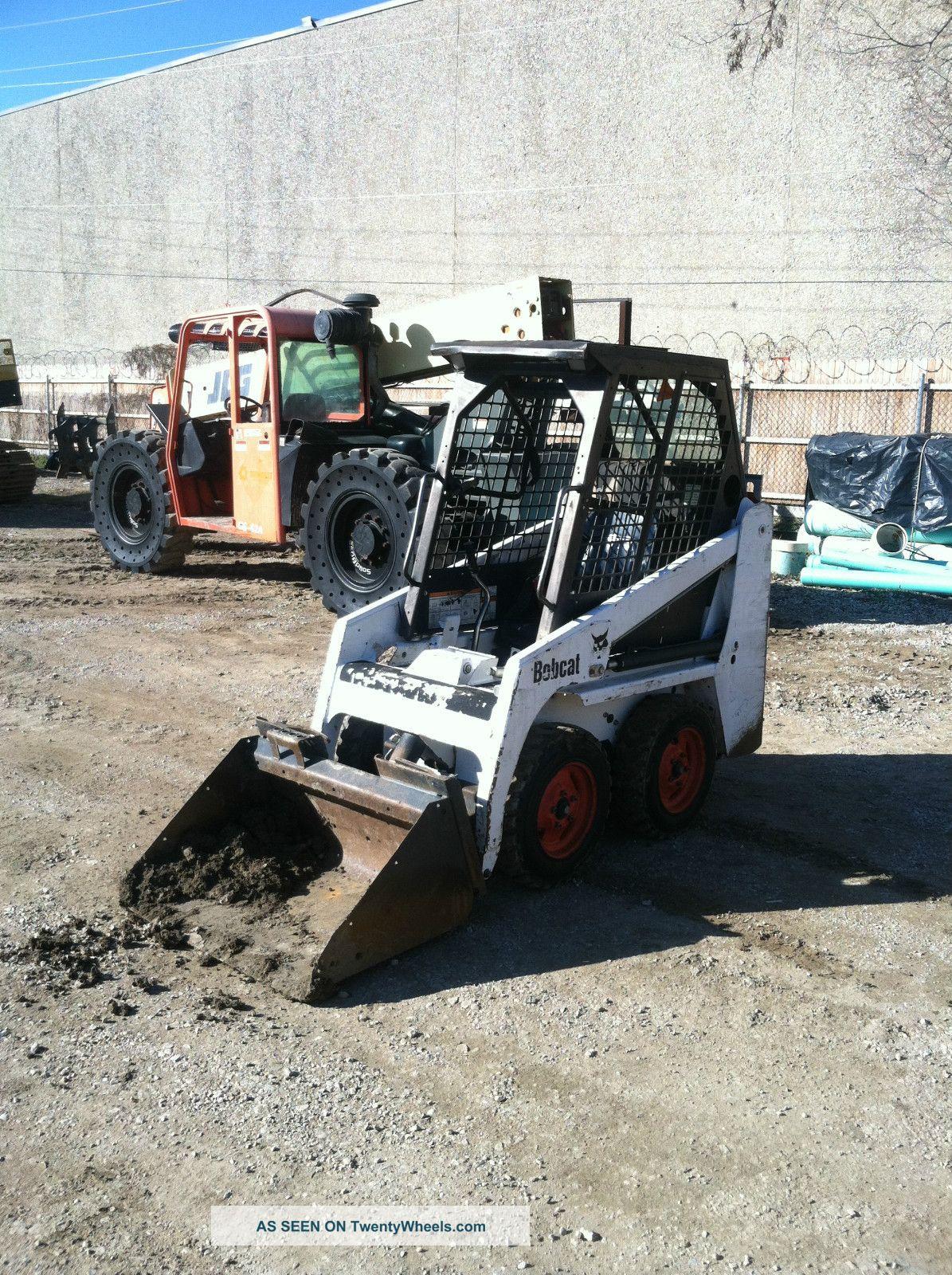 Bobcat Mini Skid Steer : Bobcat mini skidsteer lb operating weight