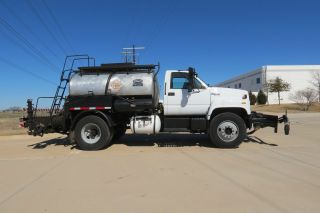 Asphalt Distributor Etnyre Black Topper S - 2000 Crevrolet Kodiak Truck Dfw Texas photo